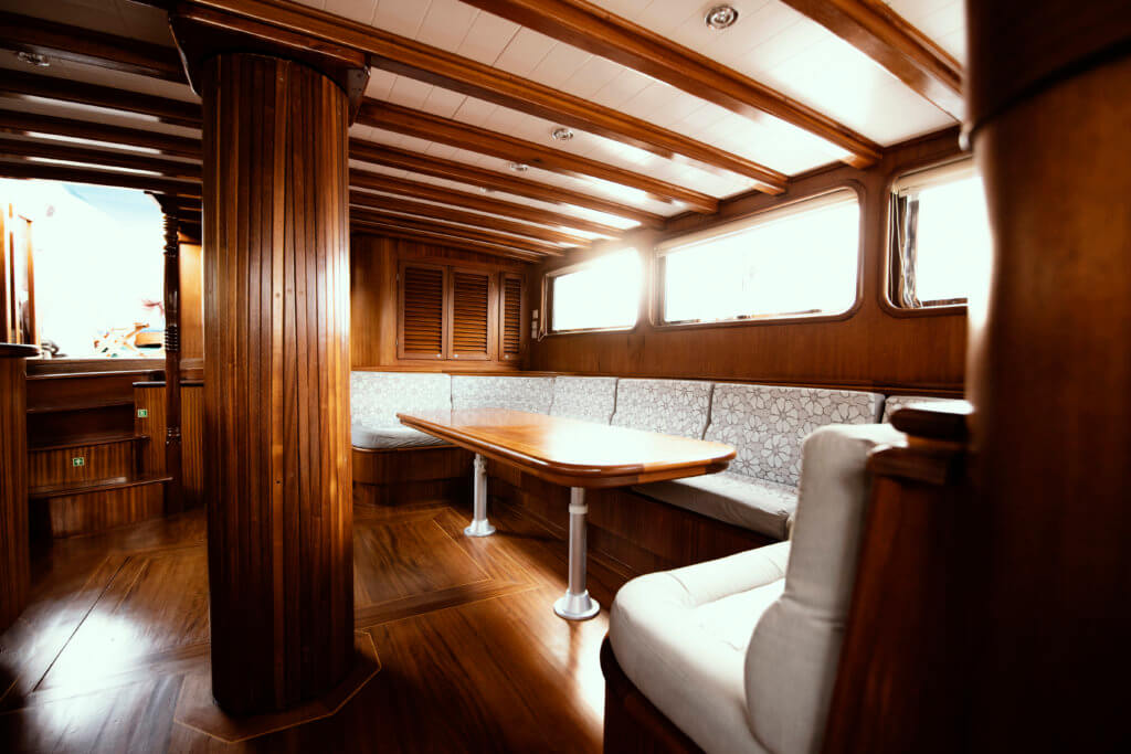 Princess Funda Yacht I Saloon with ensuite facilities